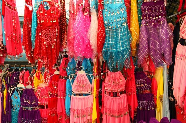 kostýmy pro orientální tanec
