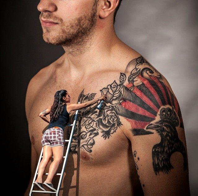 tetování horní části těla